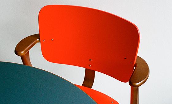 Klassikko: Domus-tuoli